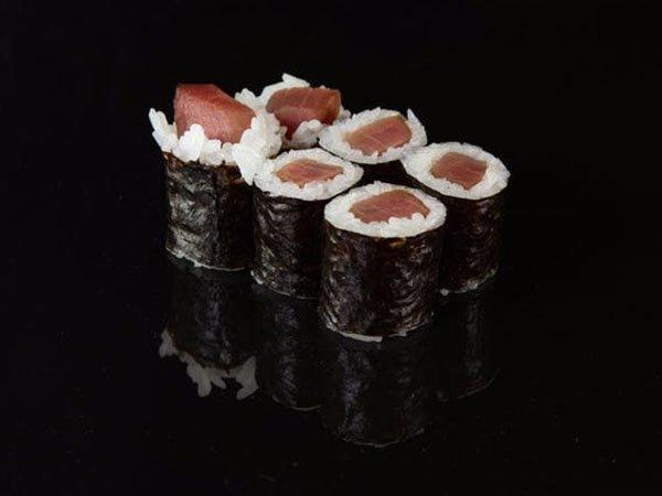 sushi_0000_d1492d1638eb591a46c70be92e5cc61d