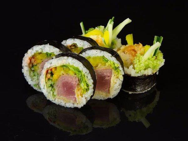 sushi_0003_ae304af09a13245d434e33652ef78fc0