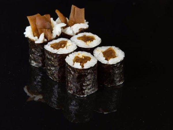 sushi_0005_c2b36033e656b3a3664a0587037a26c2