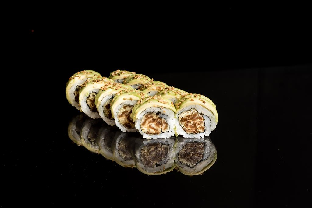California Gold z tykwą w tempurze owinięta awokado (Large)